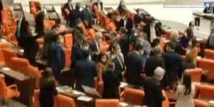 MHP'li vekil HDP'li vekilin üzerine yürüdü