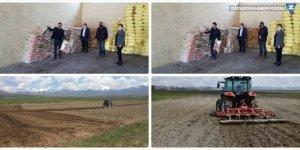 Van'da çiftçilere yonca tohumu dağıtıldı