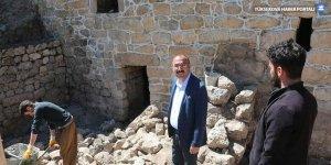 Tarihi kale evlerinde restorasyon çalışmaları devam ediyor