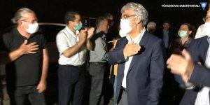 HDP Hakkari'ye yürüyüşle giriş yaptı