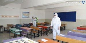 Başkale'de LGS'nin yapılacağı okullar dezenfekte edildi