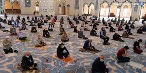 Camiler 5 vakit ibadete açılıyor