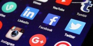 AK Parti'den sosyal medya için 11 maddelik teklif