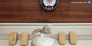 Van'da 4 kilo 896 gram uyuşturucu ele geçirildi