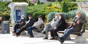 İstanbul'da da 65 yaş ve üstüne sokağa çıkma kısıtlaması