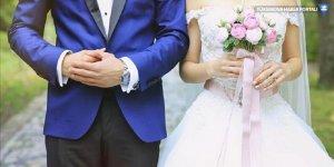 Almanya'da düğün: 160 davetli ve ana sınıfı karantinada