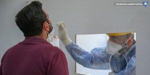 Koronavirüs nedeniyle 65 kişi daha hayatını kaybetti: Yeni hasta sayısı 1412