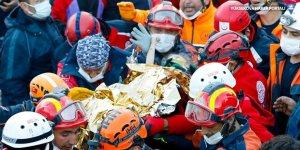 3 yaşındaki Elif Perinçek 65. saatte enkazdan sağ çıkarıldı