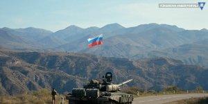 Rusya, Karabağ'da görev yapacak barış gücünün yarısını Ermenistan'a ulaştırdı