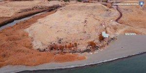 Van Gölü çekilince Urartular dönemine ait liman kalıntıları ortaya çıktı
