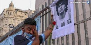 Arjantin, efsane futbolcu Maradona'ya veda ediyor