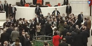 TBMM'de gergin görüşme: AK Partili ve HDP'li vekiller birbirlerinin üzerine yürüdü