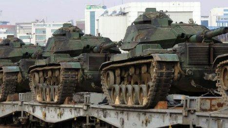 151209155700_turkish_army_tanks_624x351_ap_nocredit.jpg