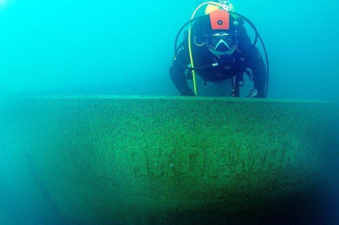 Van Gölü'nde batık Rus gemisine ulaşıldı