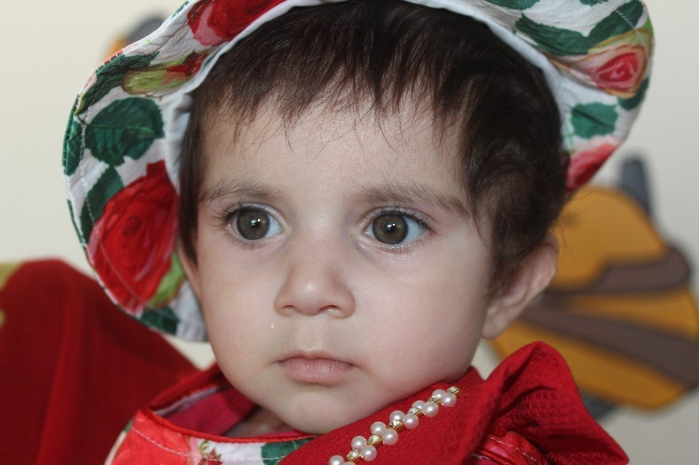 5 dakika boyunca kalbi duran Hakkarili bebek hayata tutundu