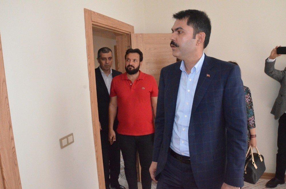 Bakan Murat Kurum Yüksekova'da