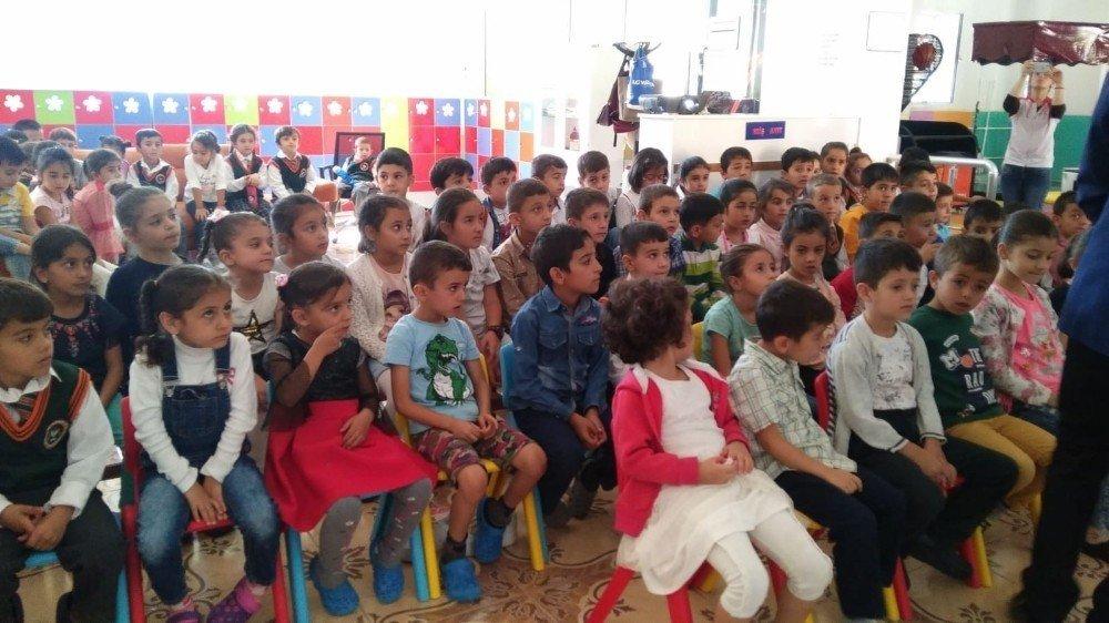 Hakkari'de 500 öğrenciye değerler eğitimi verildi