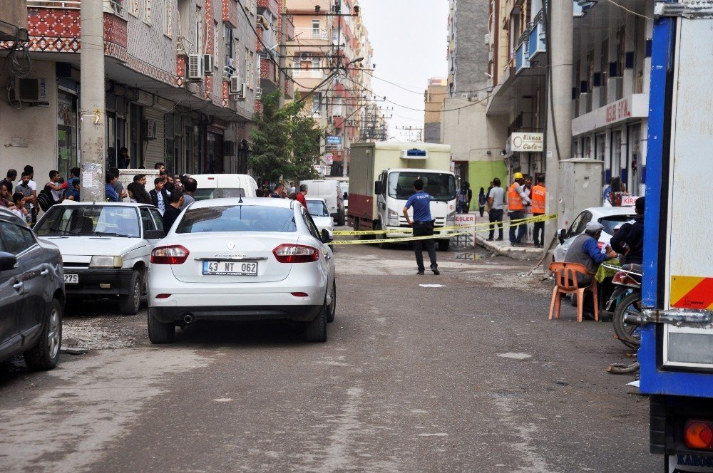 Diyarbakır'da silahlı saldırı: 2 ölü, 2 yaralı