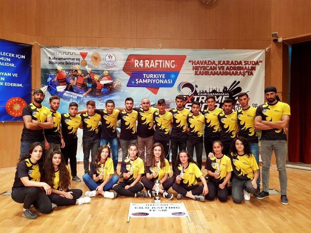 Hakkari, raftingde Türkiye ikincisi oldu