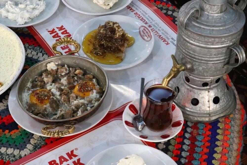 Van kahvaltısı UNESCO'yla dünyaya tanıtılacak