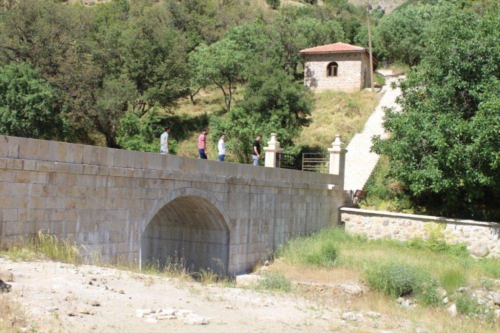 Şemdinli'de tarihi mekanlar ziyarete açıldı