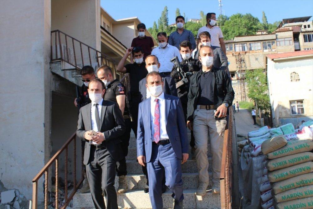 Hakkari Valisi Akbıyık, Şemdinli ilçesini ziyaret etti