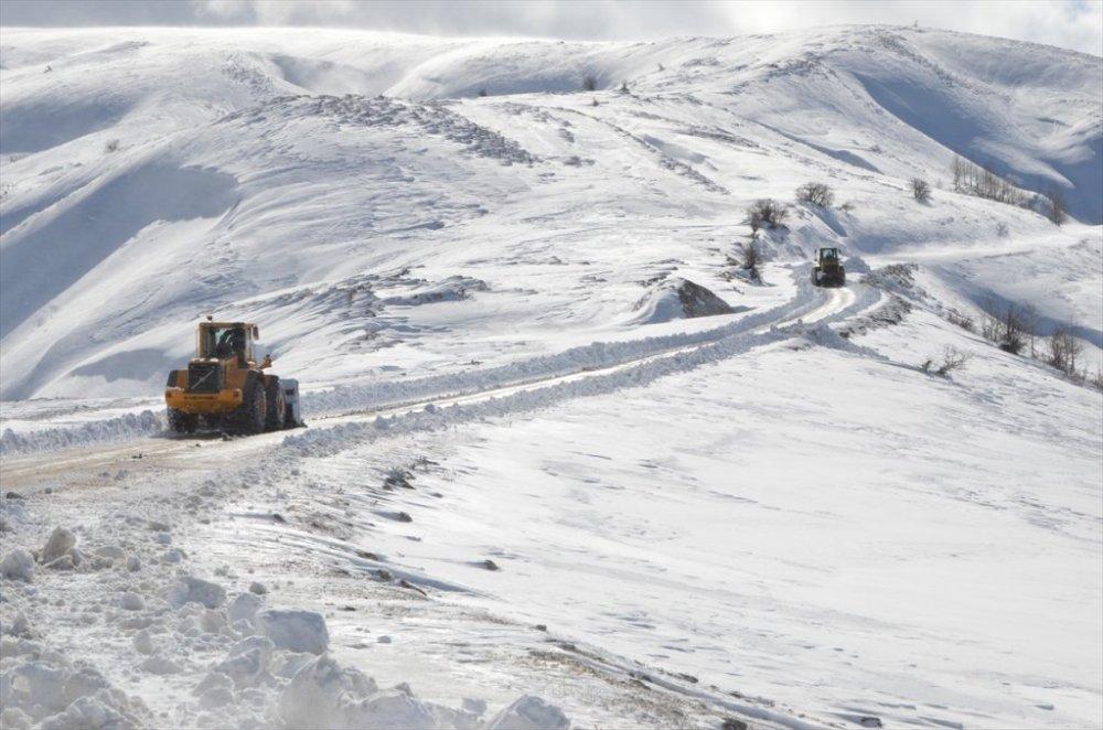 4 ilde 268 yerleşim birimi yolu ulaşıma kapandı