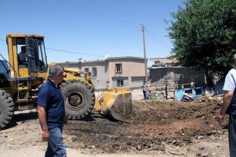 Bismil'de Köylerde Çöp Toplanmaya Başlandı