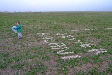 Dört yıldır bitirilemeyen Yüksekova havaalanı alay konusu oldu