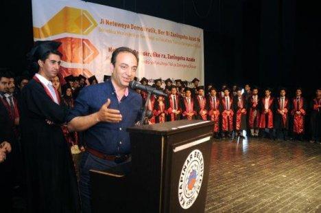 Dü Tıp Fakültesi Öğrencilerinden Alternatif Mezuniyet Töreni