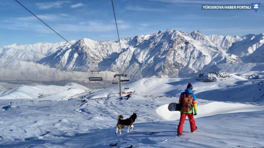 hakkari-kayak-snowboard-001.jpg