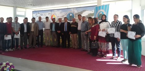 Hakkari'de kursiyerlere sertifika