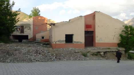 Hakkari'ye Yeni Halk Eğitim Merkezi Binası