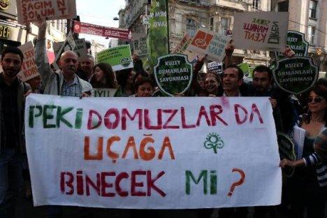 İstiklal Caddesi'nde 3. Havalimanı Protestosu