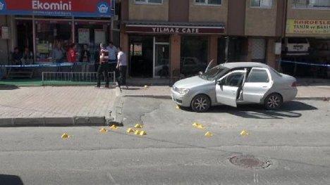 Kafeye silahlı saldırı: 1 ölü