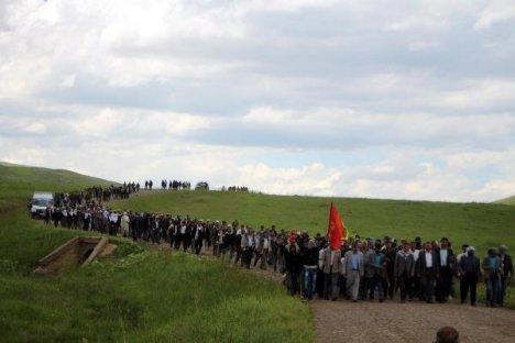 Karlıova'da karakol protestosu