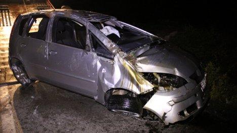 Otomobiltakla Attı: 1 Ölü, 1 Yaralı