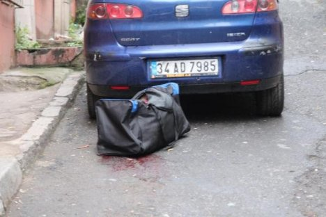 Parçalanmış insan cesedi bulundu