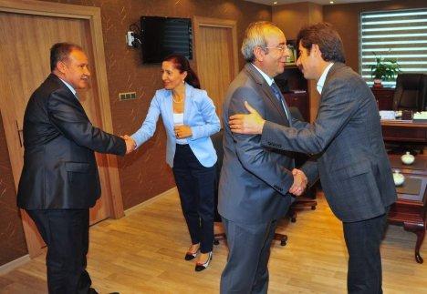Rektör Battal'dan Belediye Başkanlarına Ziyaret