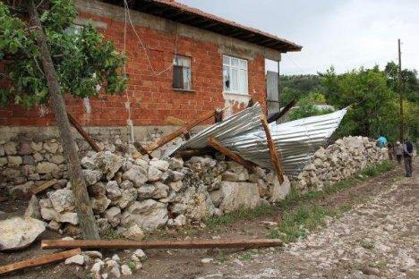 Samsun'da Şiddetli Rüzgar: 1 Ölü