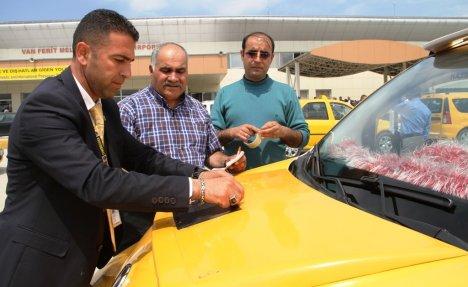 Taksici esnafı Soma için yasta