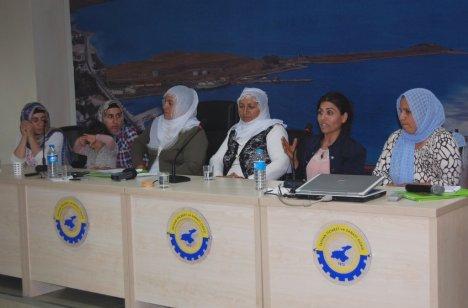 Tatvan'da Kırsal Kalkınma Toplantısı Düzenlendi
