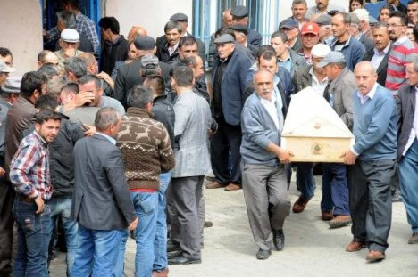 Turhal'da Kazada Ölen 5 Kişi Toprağa Verildi