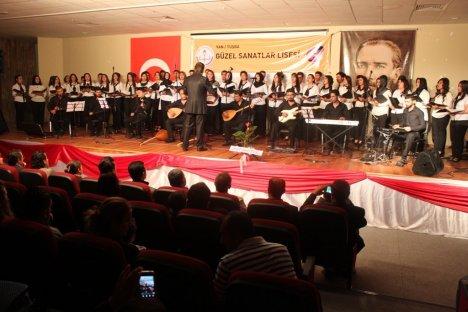 Van'da Neşet Ertaş Anısına Konser
