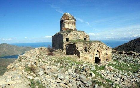 Van'ın Saklı Tarihi Turist Bekliyor