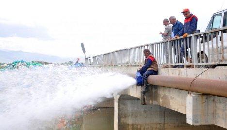 Yüksekova'nın yarısı susuz kaldı