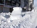Yüksekova'da kar hayatı felç etti
