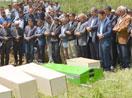 Kazada hayatını kaybeden 6 kişi Yüksekova'da toprağa verildi
