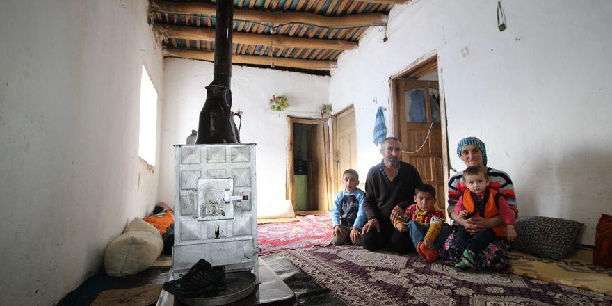 Yüksekovalı Songor Ailesi yardım eli bekliyor