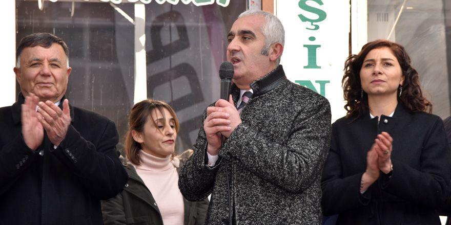 HDP'nin Yüksekova seçim bürosu açıldı